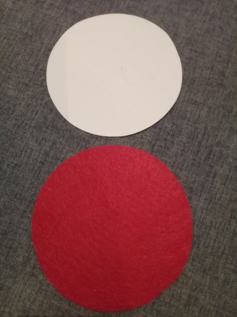 круг из картона и из фетра
