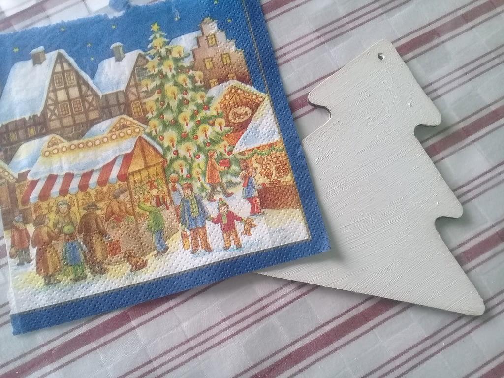 заготовка для елочной игрушки и салфетка