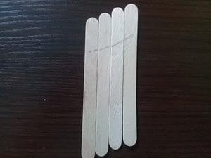 игрушка на елку из палочек от мороженого (2)